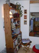 Knihovnička v obýváku