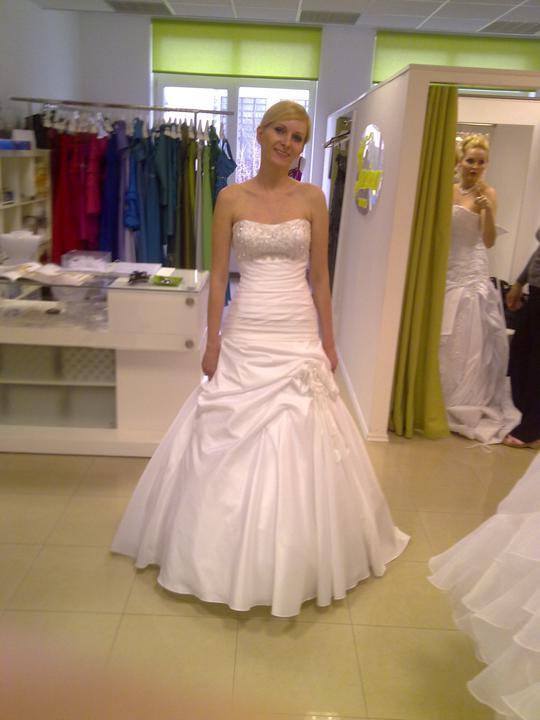 Svadobné šaty - Eddy K - Nikita