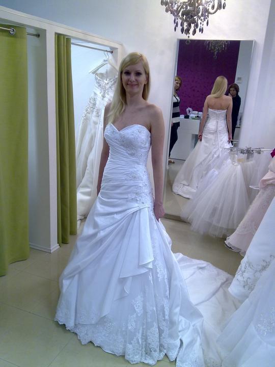Svadobné šaty - Eddy K - AK 23