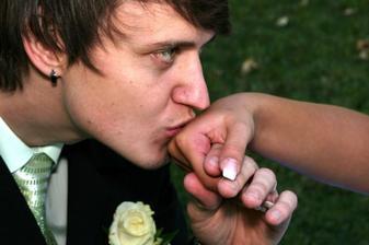 Políbení