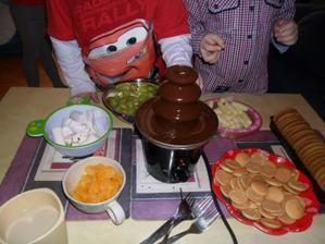 zkouška fontány...na domácí dětské párty :)