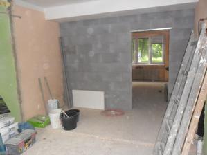 stěna je už posunutá.. bohužel  rozbombardování  jsem  nestihla nafotit..