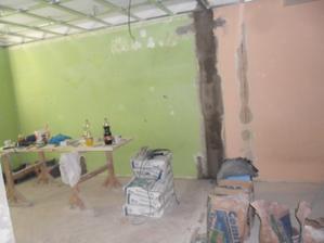 tady byla stěna  ..  už není :))