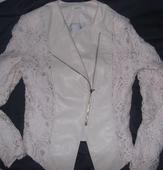 Kozenkova bunda s cipkovanymi rukavmi M/L, M