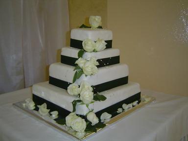No a takto to všetko bolo - Naša svadobná torta