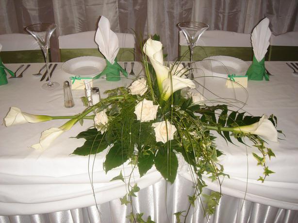 No a takto to všetko bolo - Ikebana na hlavnom stole
