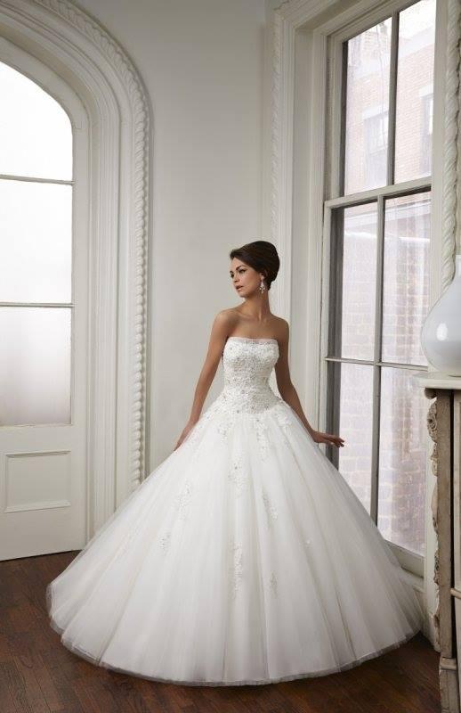 a tieto svadobne šaty... - Obrázok č. 1