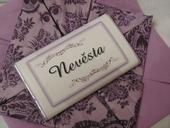 čokoládové svatební jmenovky,