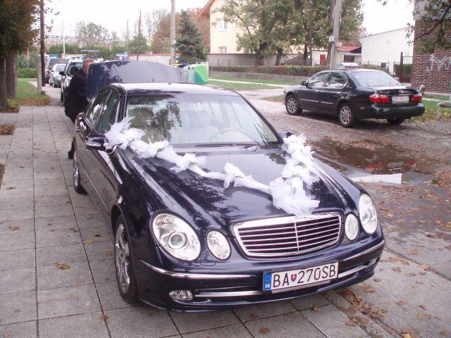 Barbora Brunovská{{_AND_}}Martin Riška - naše svadobné auto