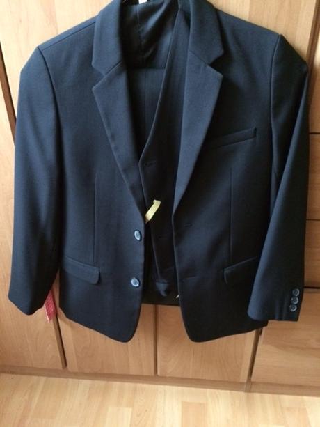 Chlapčenský oblek -  - Obrázok č. 2