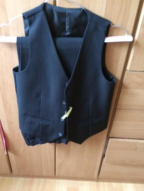 Chlapčenský oblek -  - Obrázok č. 3