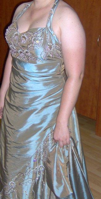 Edko a Lucka 19.9.2009 :-) - moje popolnočné šaty