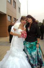 So sestrou Miskou :-*, fotil tatino, je sice rozmazana, ale mne sa velmi paci :-)