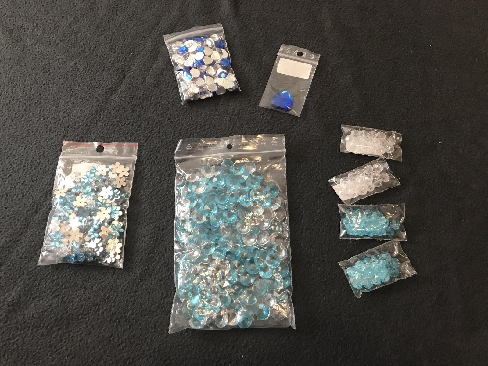 Dekorační korálky modré a transparentní (mix) - Obrázek č. 1
