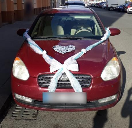 Svatební dekorace (girlanda) na auto nevěsty - REZERVOVÁNO - Obrázek č. 1