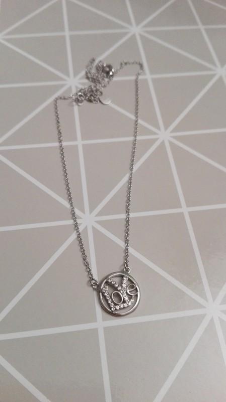 Stříbrný řetízek s nápisem LOVE - Obrázek č. 1