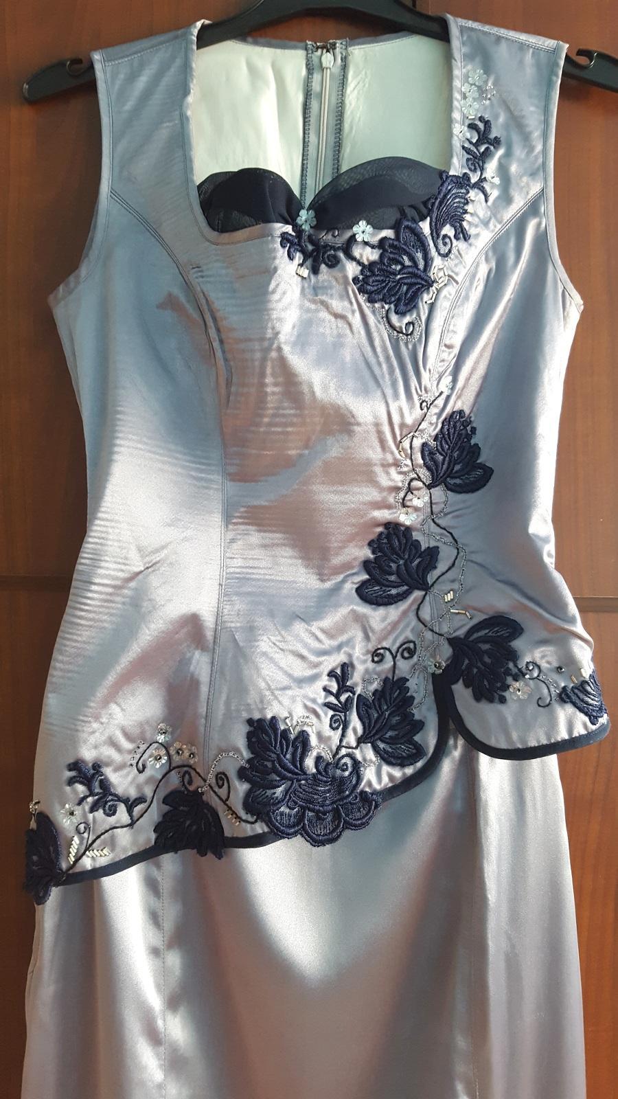 Plesové šaty ručně vyšívané dle japonského stylu - Obrázek č. 3