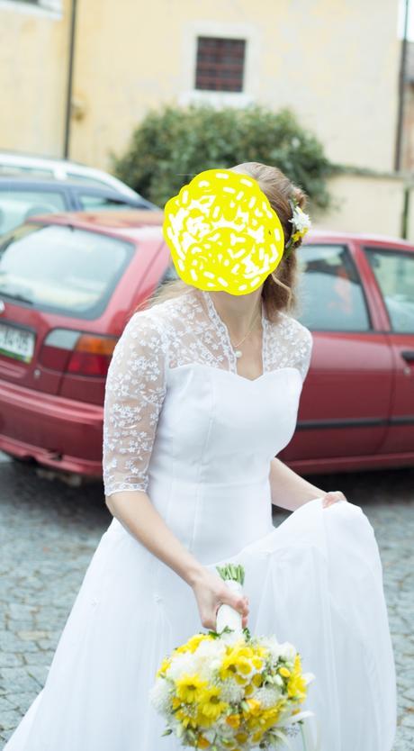 Svatební šaty bílé s krajkou a šaty pro holčičku  , 38