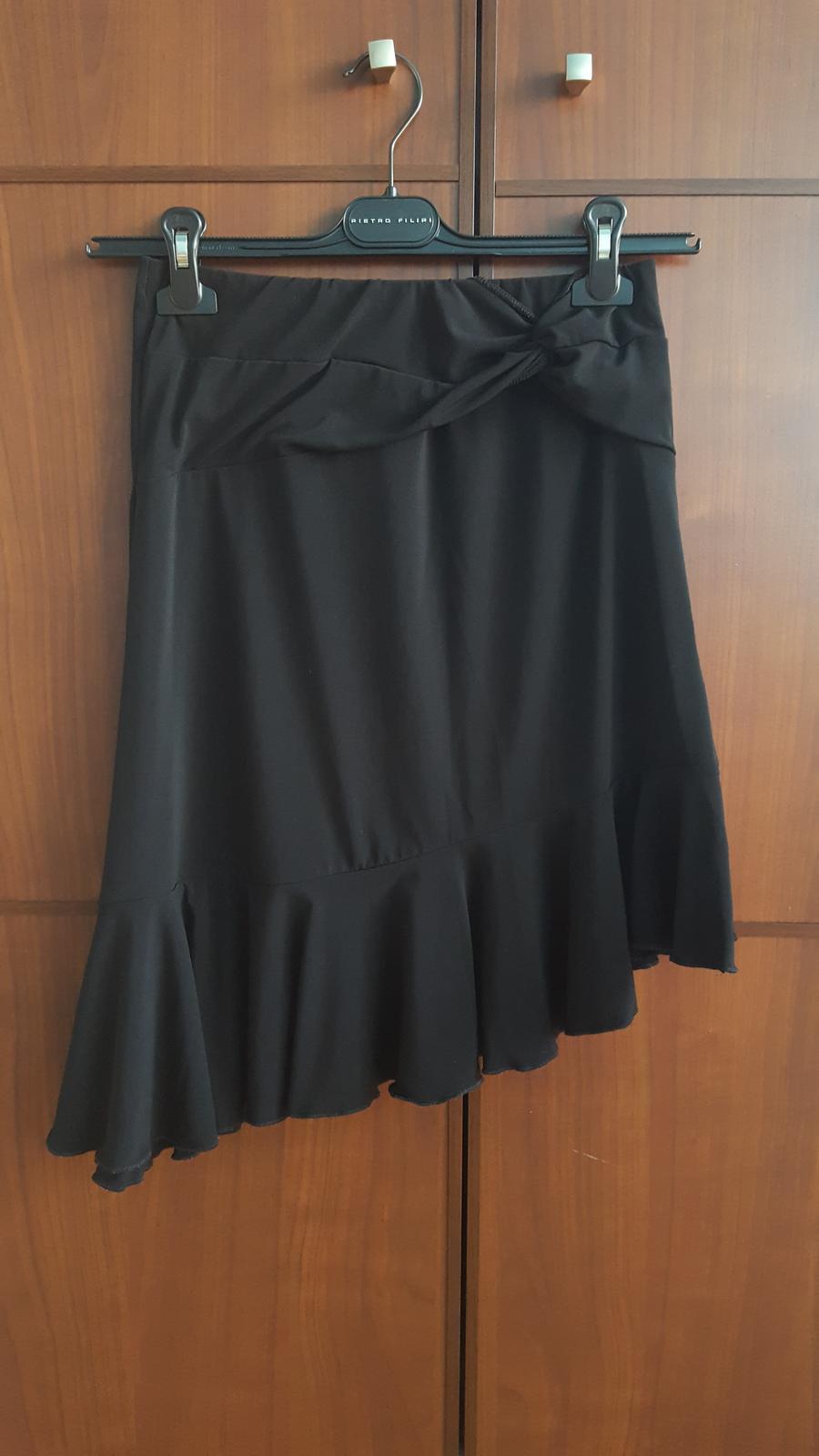 Společenská černá sukně C&A - Obrázek č. 1