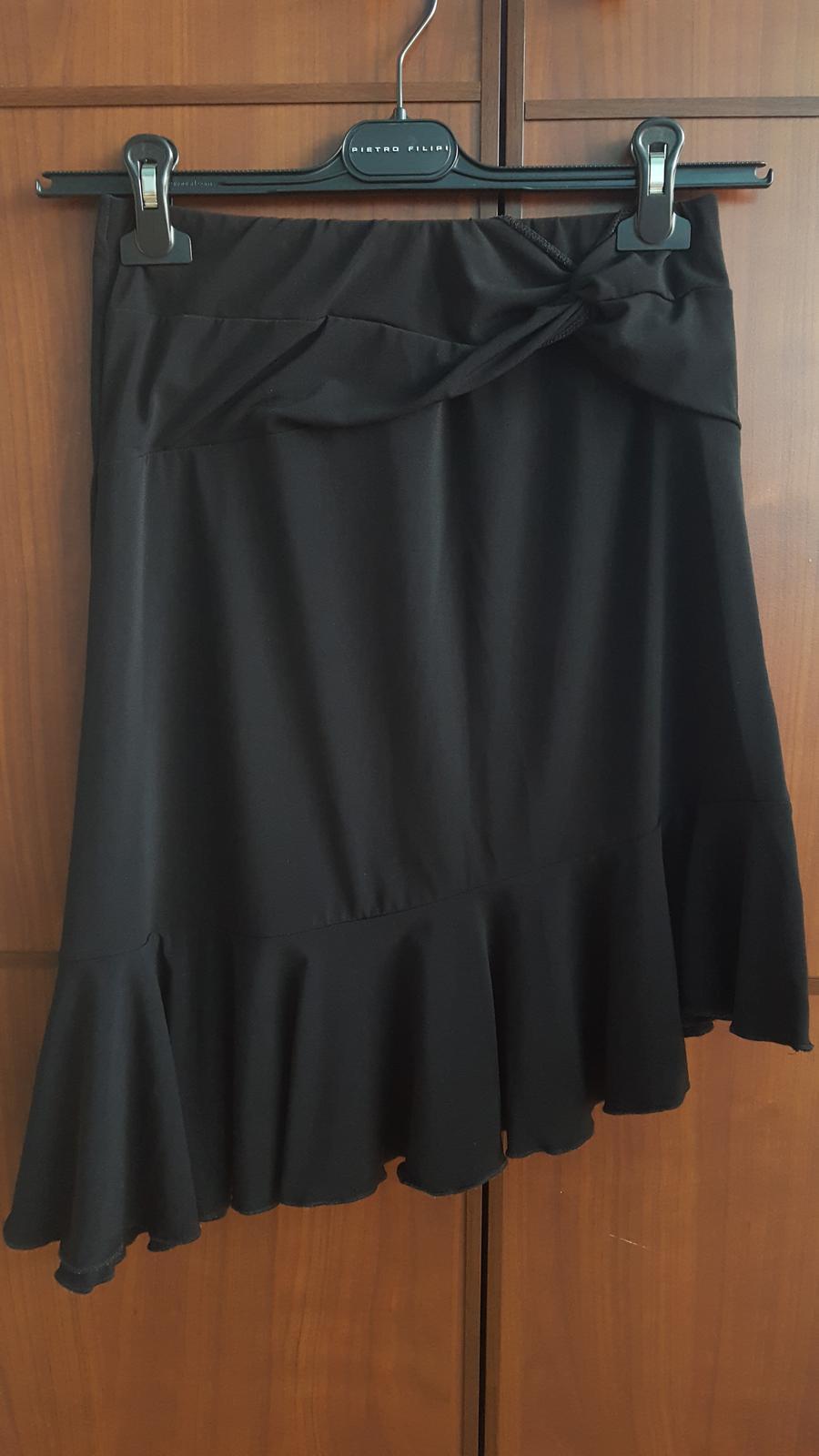 Společenská černá sukně C&A - Obrázek č. 2