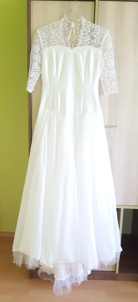 Bílé svatební šaty 1x použité a šaty pro holčičku - Obrázek č. 1