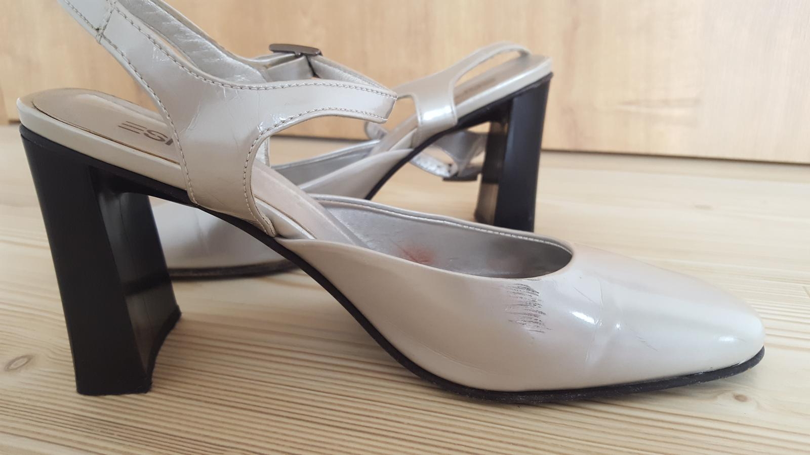 Boty na podpatku ESPRIT - Obrázek č. 4
