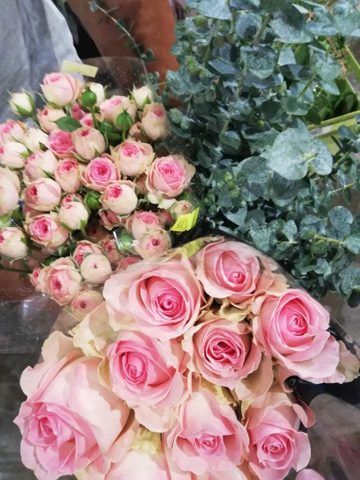 Nasa wellness svadba 5.10.2018 - Kvety na kyticu a vyzdobu vybrate za skvelej asistencie mojej floristky a zaroven blizkej priatelky <3