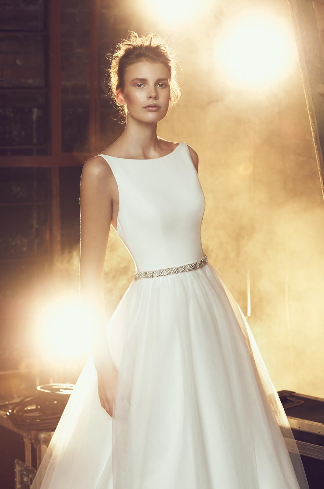 0fc5bf16276e Jednoduché svadobné šaty - hľadám a nenachádzam - ...