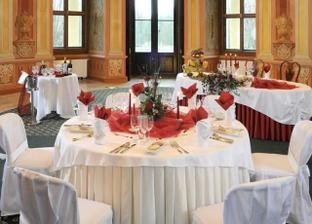 aranžmá stolů
