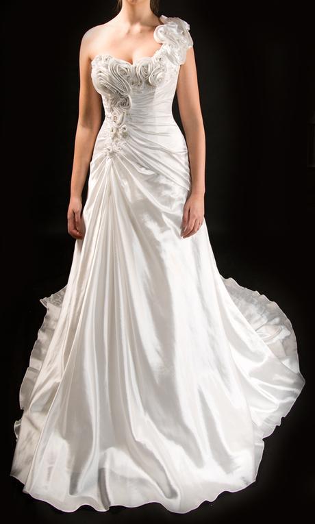 Originální svatební šaty  - Obrázek č. 1