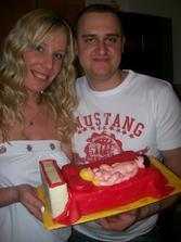 Naše 1.výročie svatby sme oslavili s priatelmi a