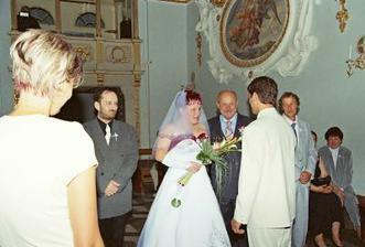 otec předává nevěstu