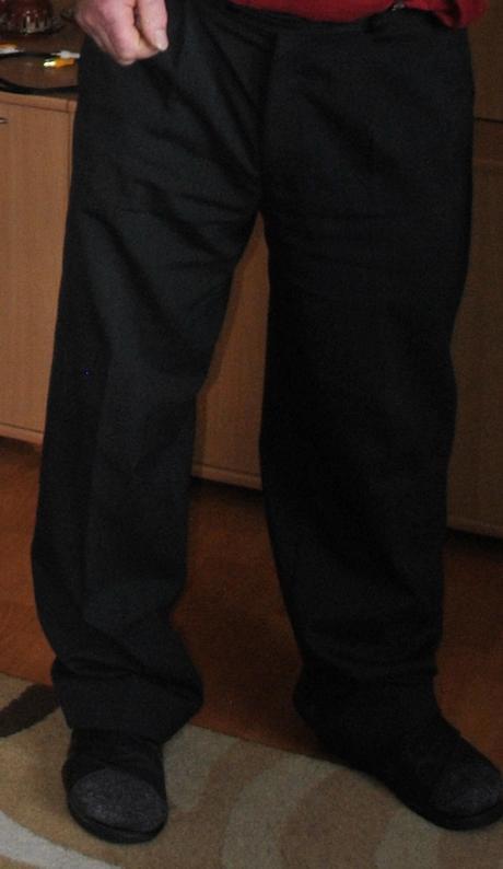 Pánsky čierny oblek č.54 - Obrázok č. 2