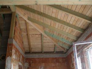 otvorený strop v obývačke