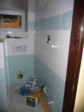 stěna u wc a příčka