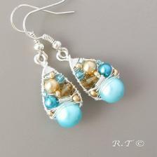 A nebo tyto?