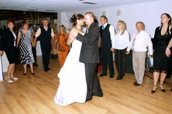 Náš první tanec...