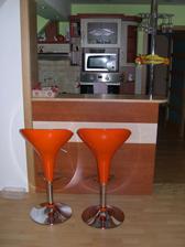Nové barové stoličky