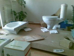 Začíname robiť kúpeľňu :)