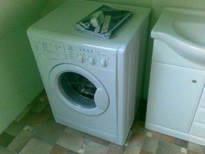 Naša práčka :) dostali sme ju od mojej maminky