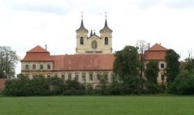 Zde budeme mít svatební mši sv. - Rajhradský klášter