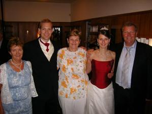 S nasimi rodicmi