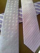 fialove kravaty,