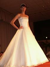 šaty MAGIQUE byly také nádherné, ale já jsem chtěla Murmure !