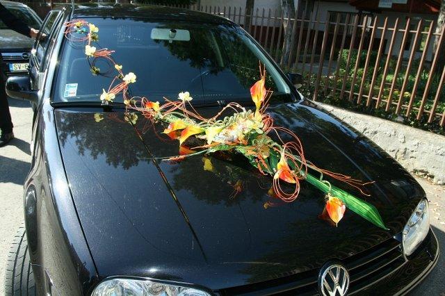 Vyzdoby svadobných  áut - krasna ozdoba na auto