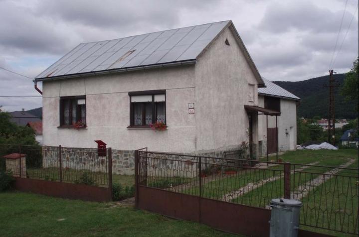 Pôvodný dom... (kupeny 2.8.2005)