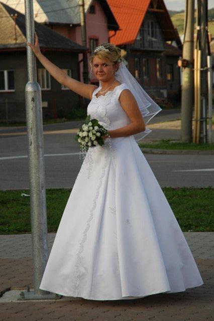 Lenka Badova{{_AND_}}Alan Kermaschek - Cakanie na autobus :D