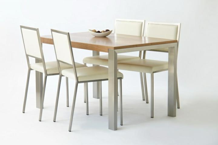 DM House Inspire - a náš stôl ale so 6 stoličkami
