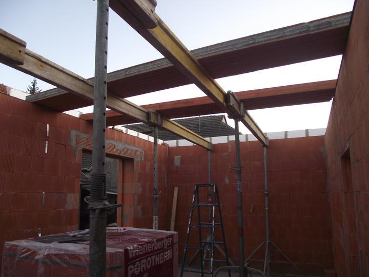 DM House - 16.08.2011 Príprava na rovnú strechu