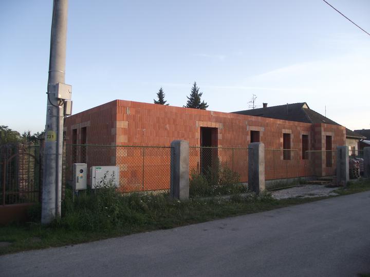 DM House - 21.08.2011 DM House už naberá reálne kontúry